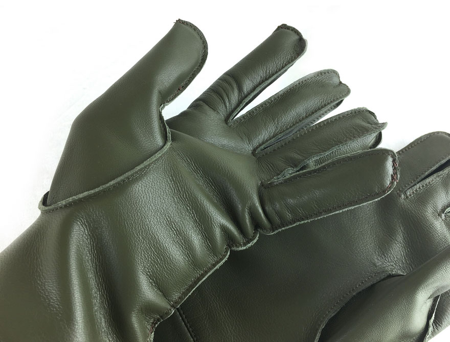 Vintage Gauntlets for Classic Car Owners